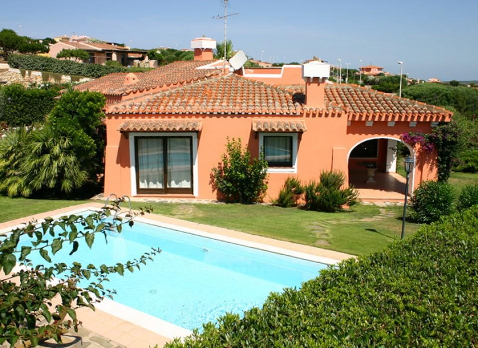 Villa esclusiva 6 stintino villasimius ferienwohnungen for Sardinien haus mieten