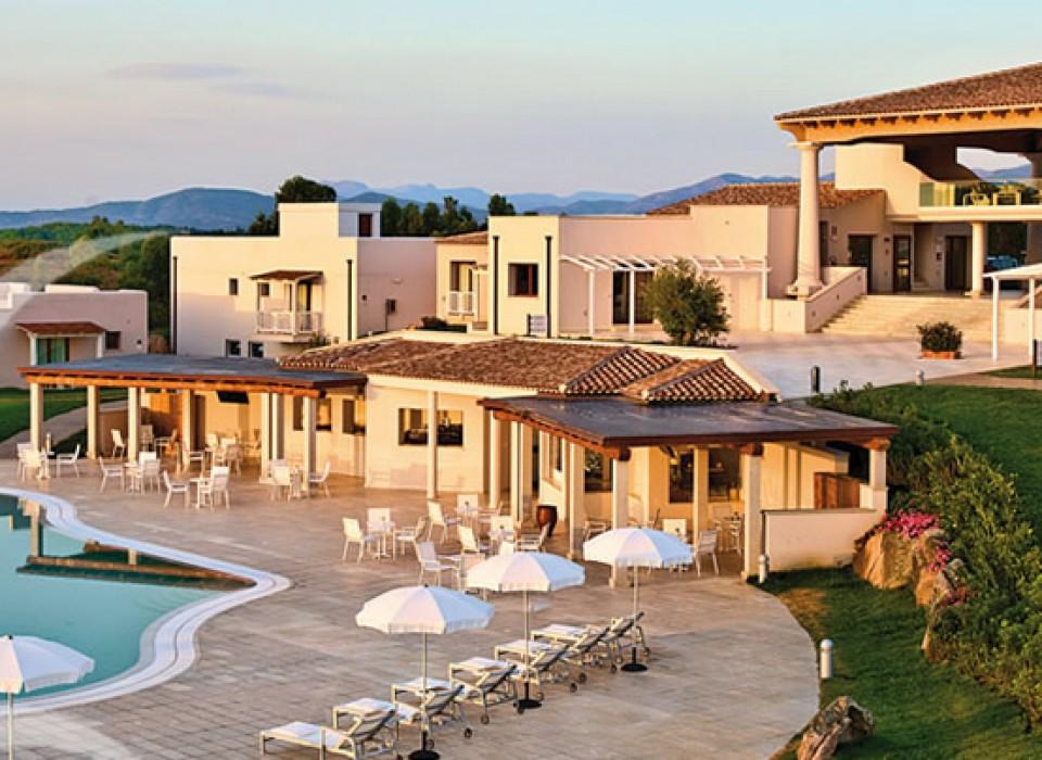 Grande baia resort san teodoro case vacanze for Affitti sardegna budoni